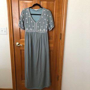 Wren & Ivory Light Blue Embroidery Maxi Dress Sz S